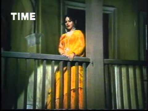 Chanda Re Mere Bhaiya Se Kahna (चंदा रे मेरे भैया से कहना) Lyrics- Chambal Ki Kasam | Lata Mangeshkar